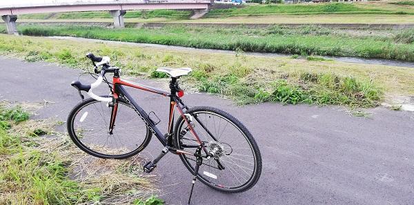 見た目で選んでOK!一人趣味にも最適なスポーツ自転車の購入まで!