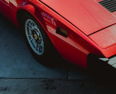 個人的にカッコイイと思っている車を紹介します。ほぼ見かけない車、高級車中心です。