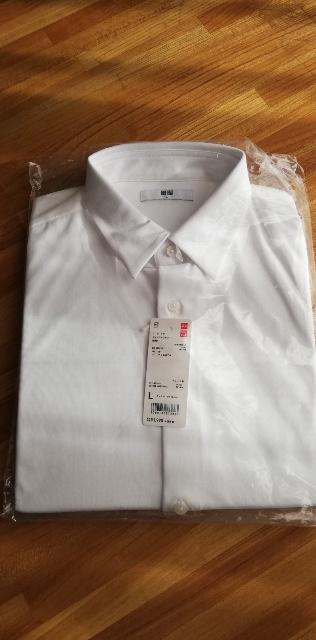 イージーケアジャージーシャツ【ユニクロ】手入れが楽で着心地良し