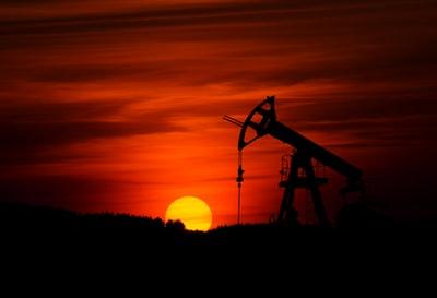 原油を買うならETFがおすすめ!【経済指標の目安】になります!