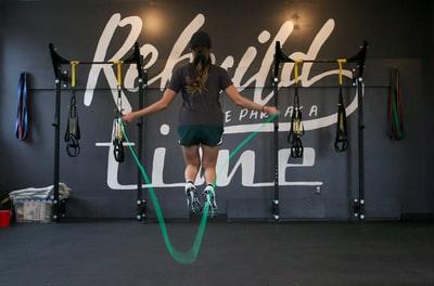 縄跳びとランニング の消費カロリーほぼ同じ?やるならどっち?
