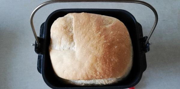 食パンメニューで焼いた米粉パンの出来上がり
