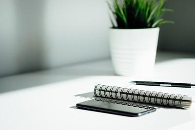 副業でブログを始めるのに必要な物6選!