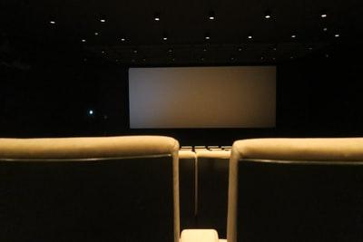 今や常識?一人映画館!初めは気になる事3選!何もしたくない無気力な時にもおすすめ!
