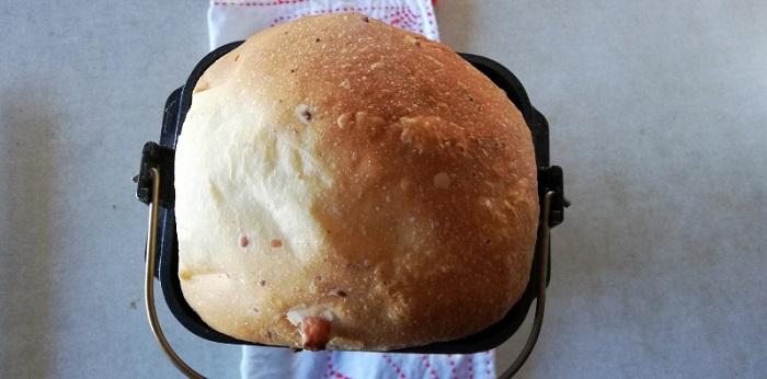 ホームベーカリーでチーズ入り食パン!チーズが溶けてなくなった?