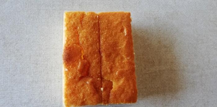 ナッシュのチーズケーキバーを開封した。