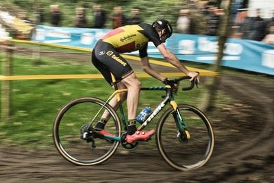 自転車の一般的な速度の色々