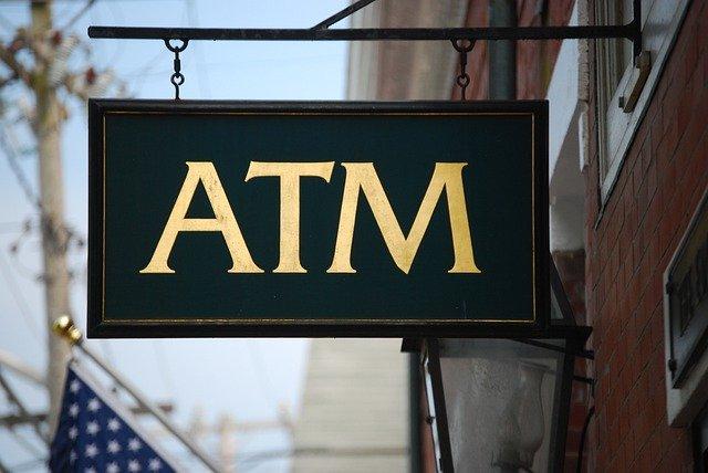 ATMで暗証番号を間違えてカードにロックがかかった!解除までの手順を紹介!