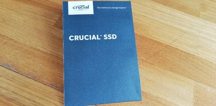Crucial SSD BX500 240GB中身説明書表