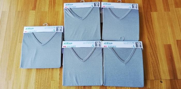 ユニクロのエアリズムVネックT(半袖)を一気買い!新しい物はやはりいい!