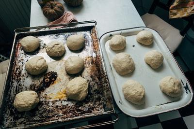 パンが膨らまない・ドライイーストの原因2つ