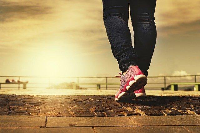 1日1万歩ぐらい歩いていれば特に運動する必要はない!最近そう感じます!
